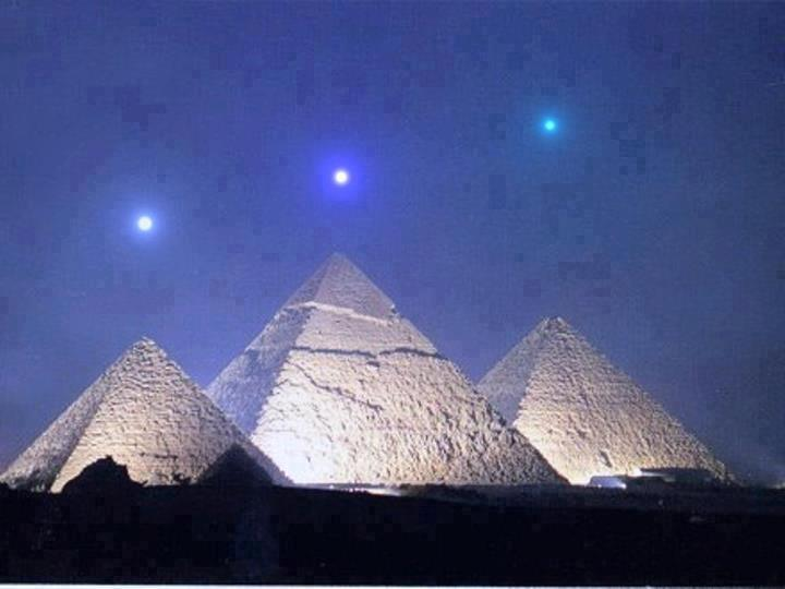 Pyramid of Giza (5000 years old)